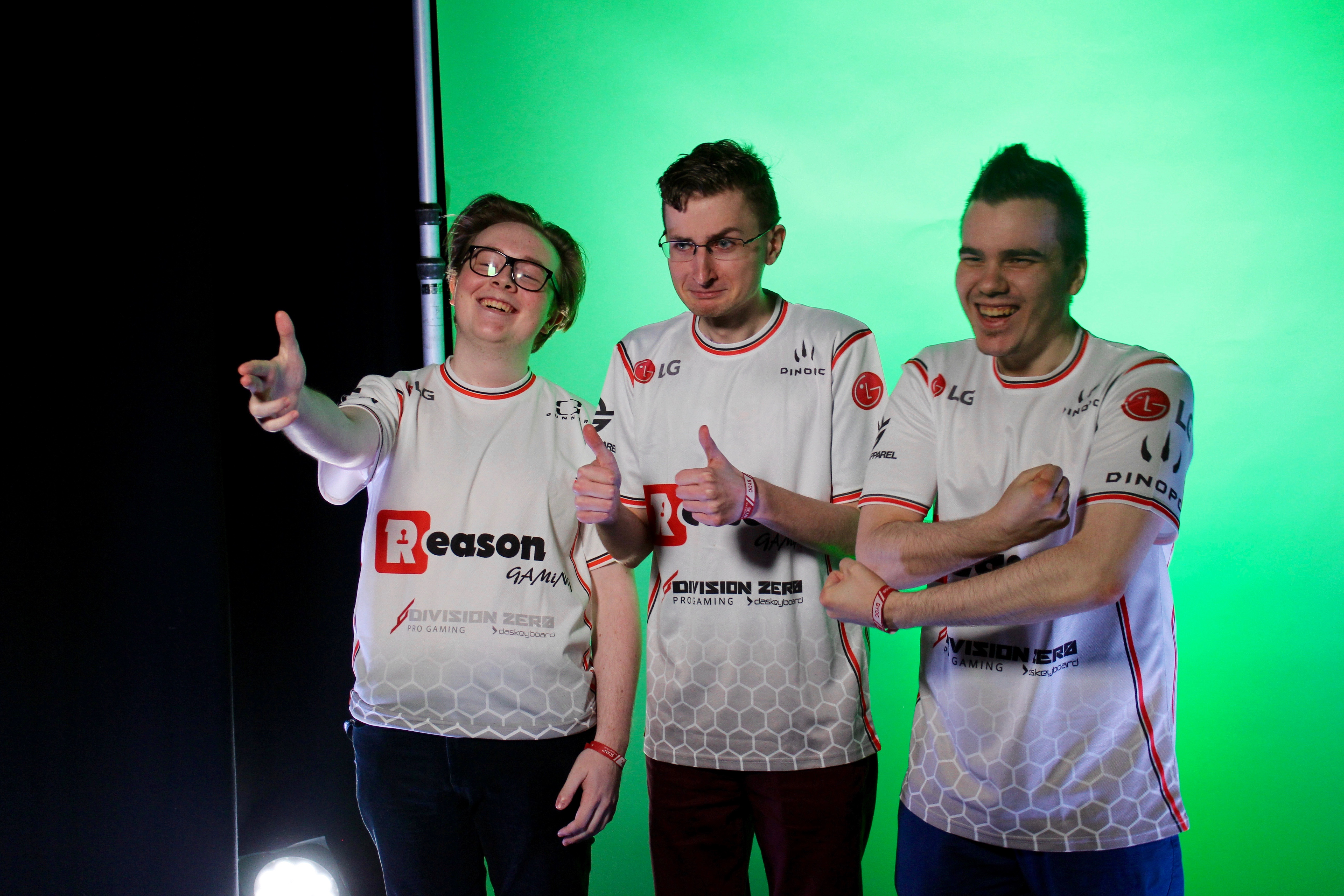 tomzeY (right) & Sev (middle) qualify for ESL UK EPS grand finals at MCM Comic Con London